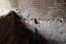 Остатки тубул и гипокауста в термах городской управы Остии