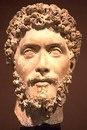 Голова должностного лица (император Марк