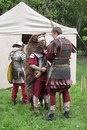 5-й Македонский легион. Центурион инструктирует аквилифера.