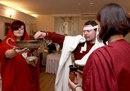 Свадьба по римскому обычаю 2008г.  Принесение
