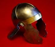 Имперский италийский шлем тип G