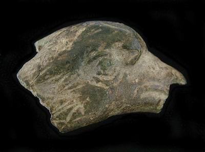 фрагмент орла римского легиона